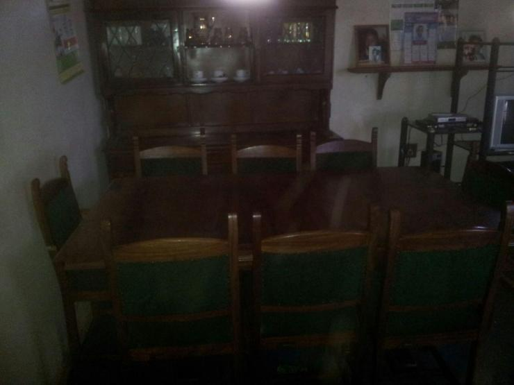 Oak dining room suite for sale bulawayo for Dining room suites for sale