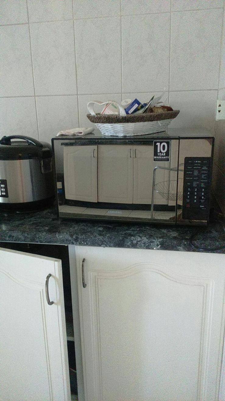 Samsung microwave for sale harare for Outdoor furniture zimbabwe